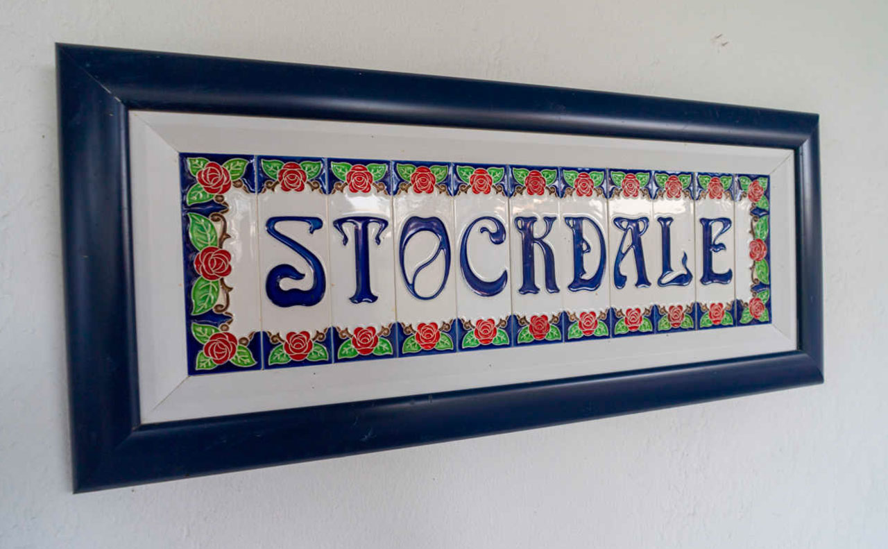 Stockdale Sign